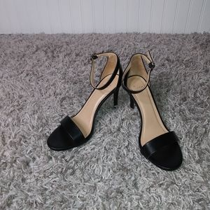 A New Day Heels Size 9